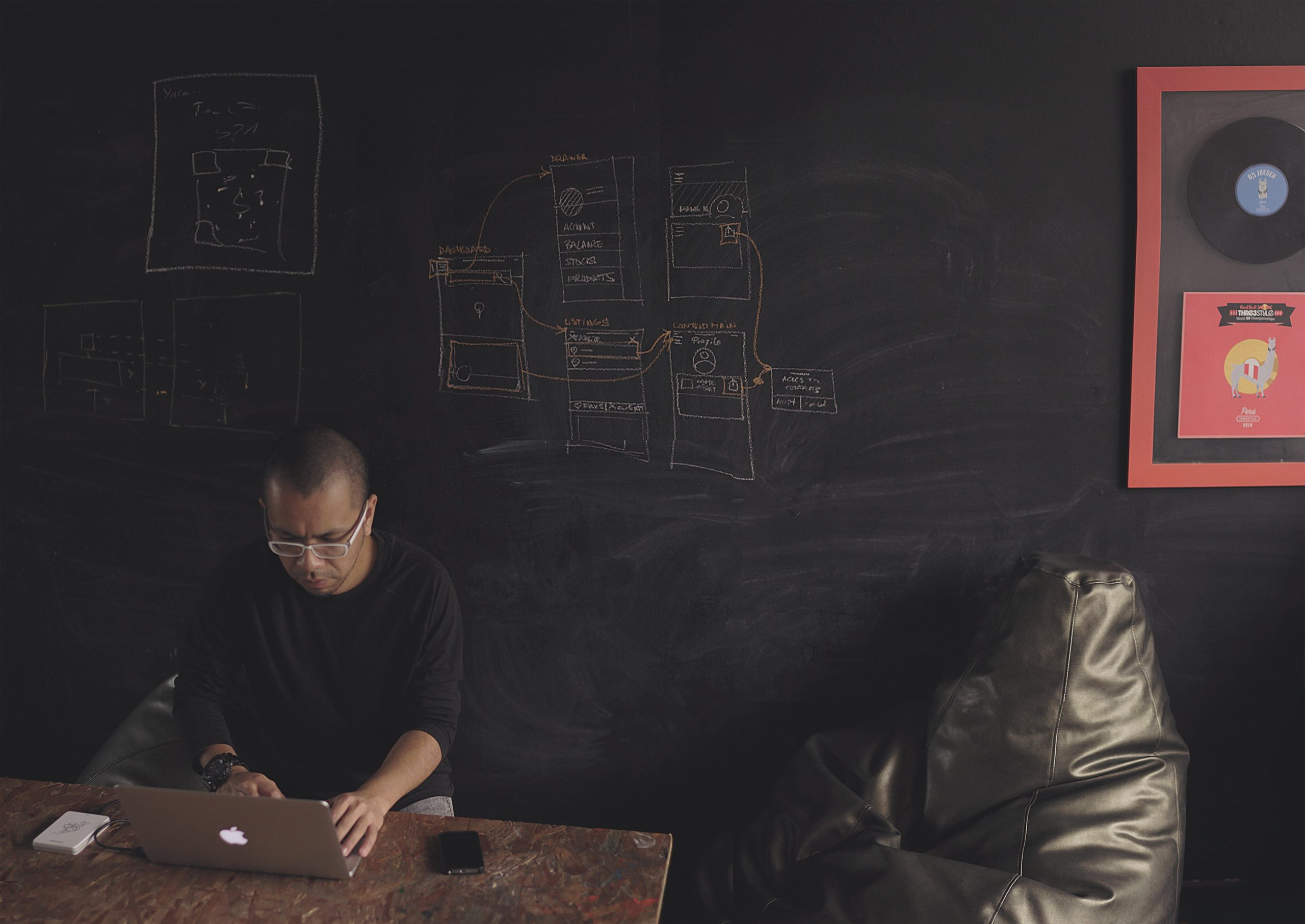 How to manage an IT team effectively without a technical background
